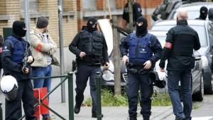 Belgian police stage raid in Brussels suburb of Molenbeek